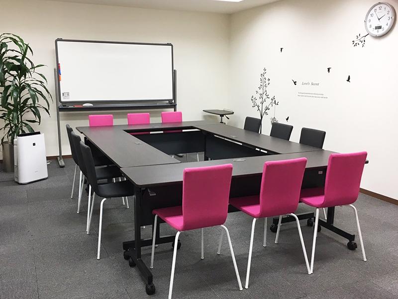 レンタルオフィス神戸エリンサーブ会議室
